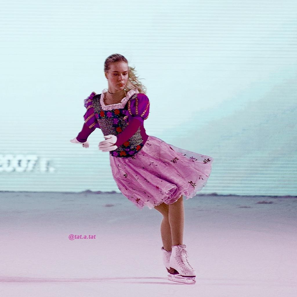 Ледовые шоу-6 - Страница 42 NXFOULg_vvE