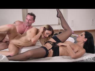 Kira Queen  Clara Mia - A Kinky Invader Threesome, MILF, Teen, Big Ass, Big Tits, Gonzo, Hardcore, All Sex, Cum In Mouth