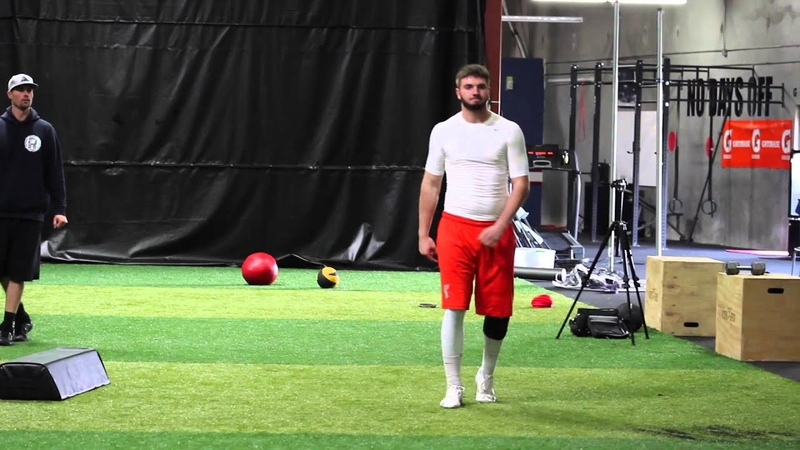 Quarterback Throwing Mechanics Training session